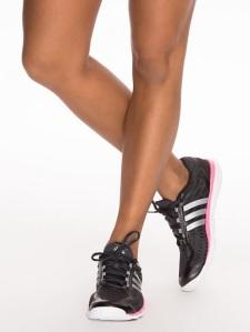 Adidas, performance. 360 control.
